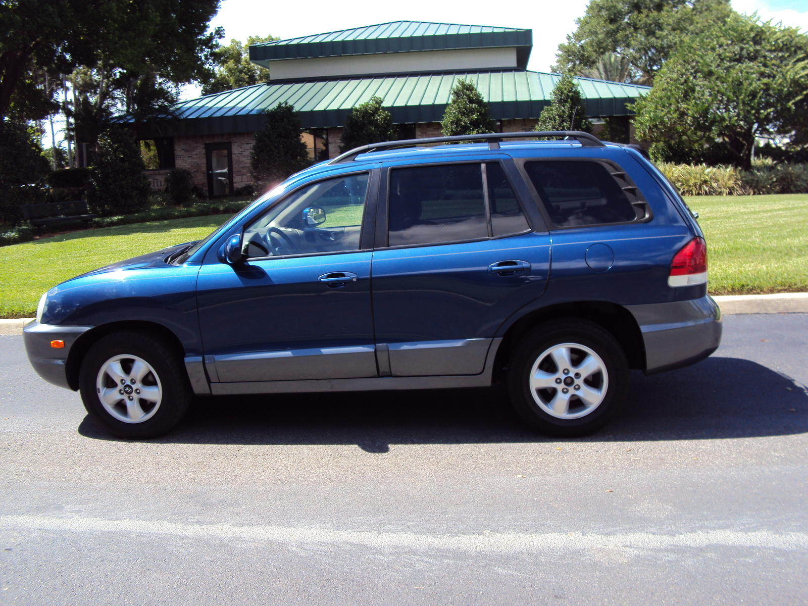 2006 Hyundai Santa Fe - Overview