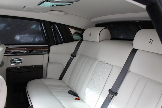 Picture of 2014 Rolls-Royce Phantom Base, interior, gallery_worthy