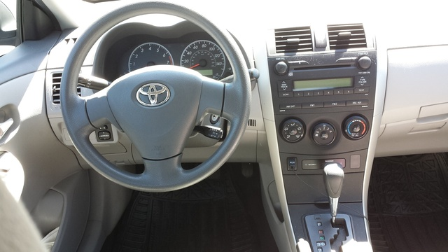 2009 Toyota Camry Xle Interior Images Galleries With A Bite
