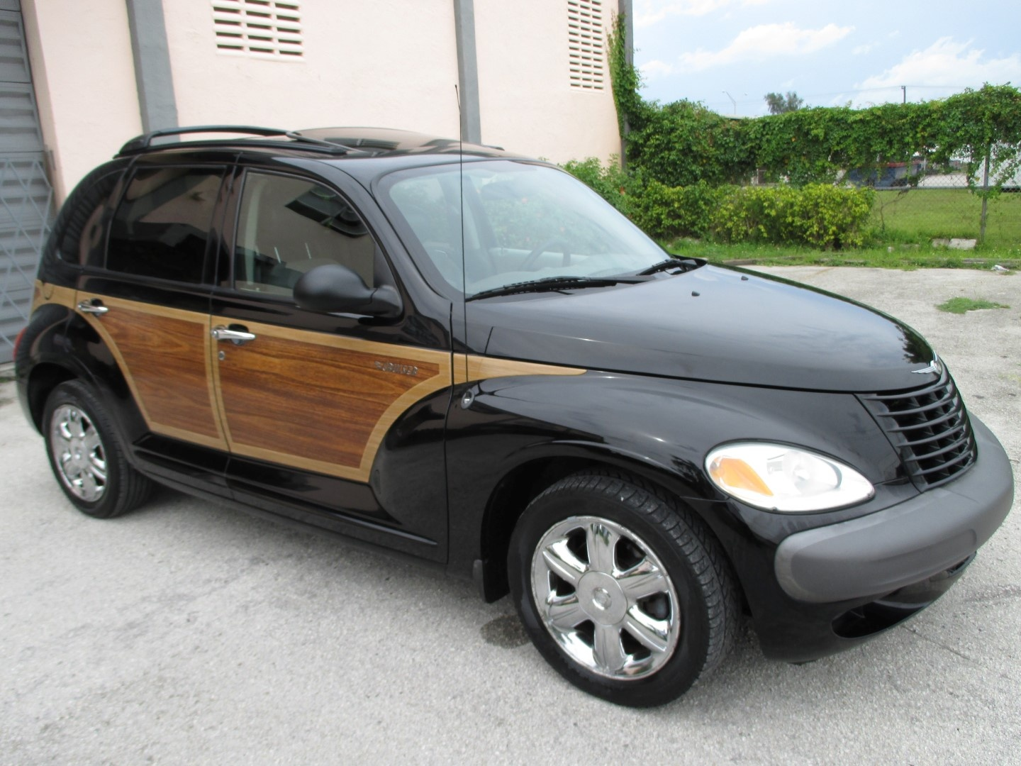 2002 chrysler pt cruiser pictures cargurus. Black Bedroom Furniture Sets. Home Design Ideas