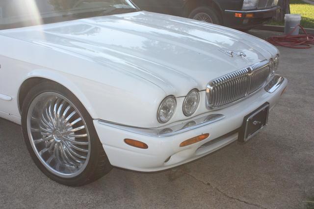 FOR SALE Jaguar Super Streched Limousine miles 85804 vin#sajkx6245wc815407