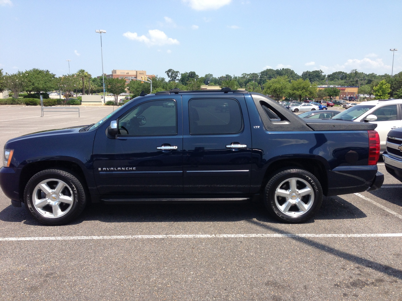 2014 chevrolet avalanche for sale autos post. Black Bedroom Furniture Sets. Home Design Ideas