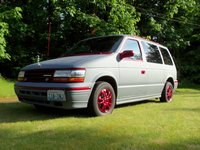 Picture of 1992 Plymouth Voyager LX, exterior, gallery_worthy