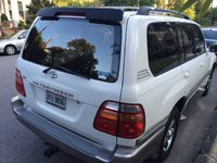 2001 Toyota Land Cruiser Picture Gallery