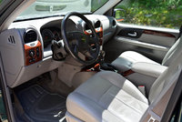 Picture of 2005 GMC Envoy XUV 4 Dr SLT 4WD SUV, interior