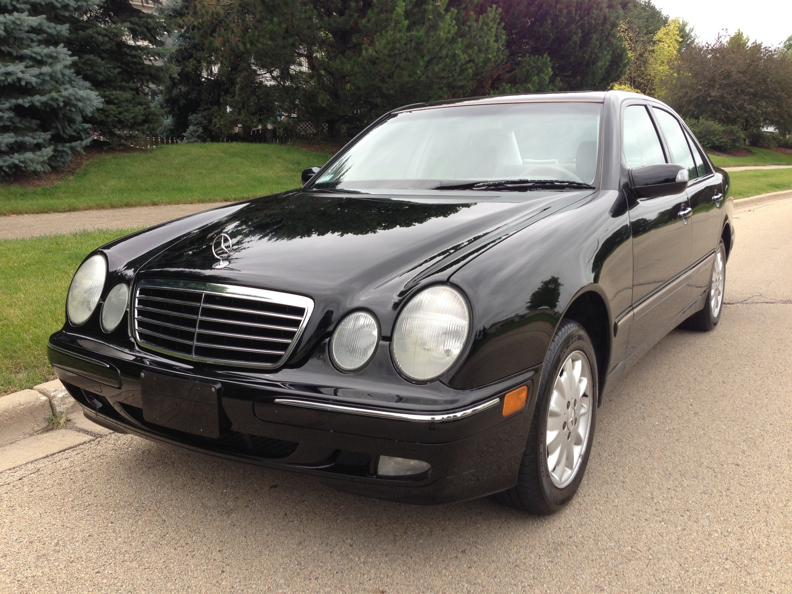 2002 mercedes benz e class pictures cargurus for 2002 mercedes benz suv