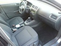 Picture of 2011 Volkswagen Jetta S, interior, gallery_worthy
