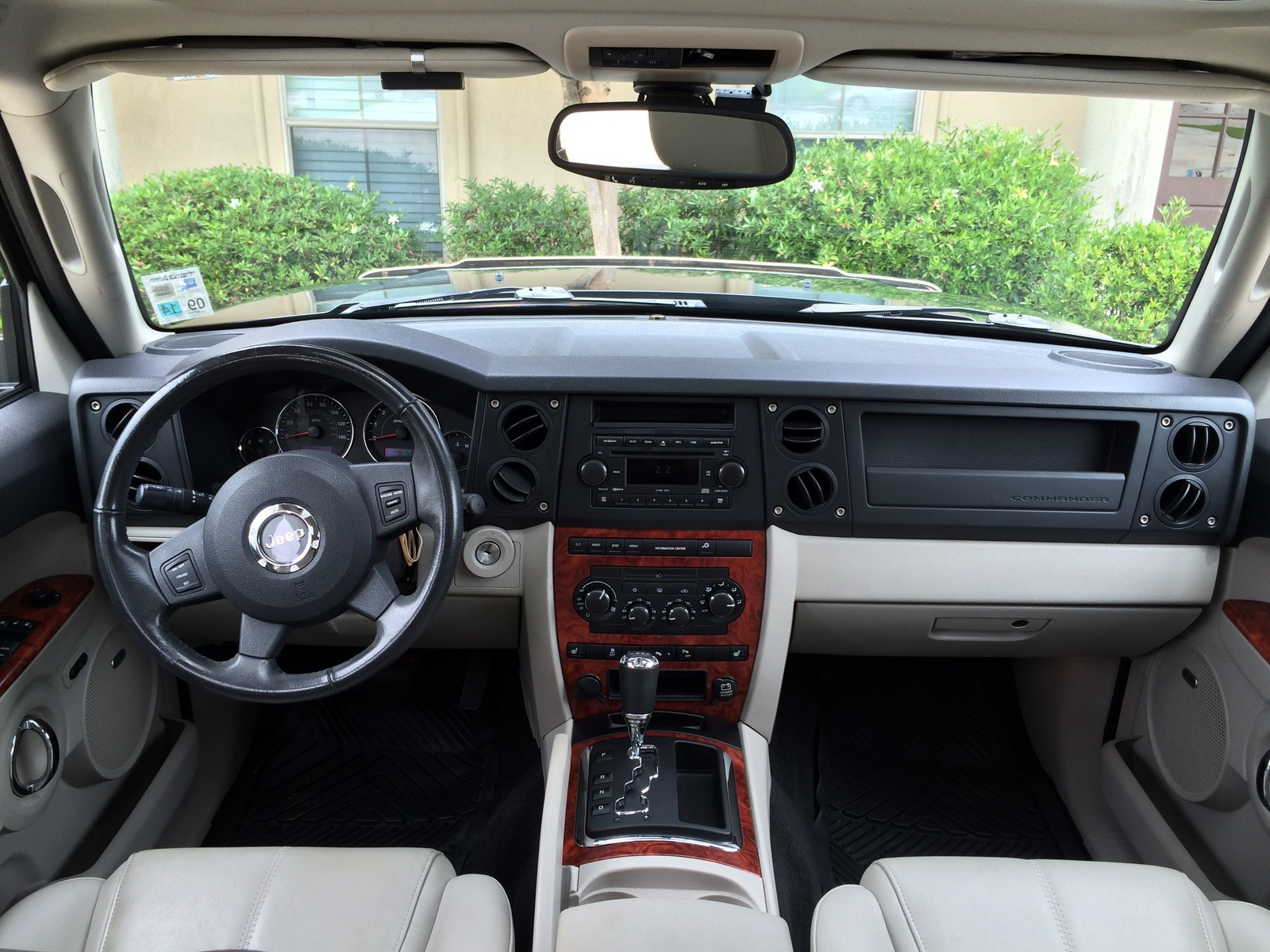 Picture Of 2007 Jeep Commander Limited Interior