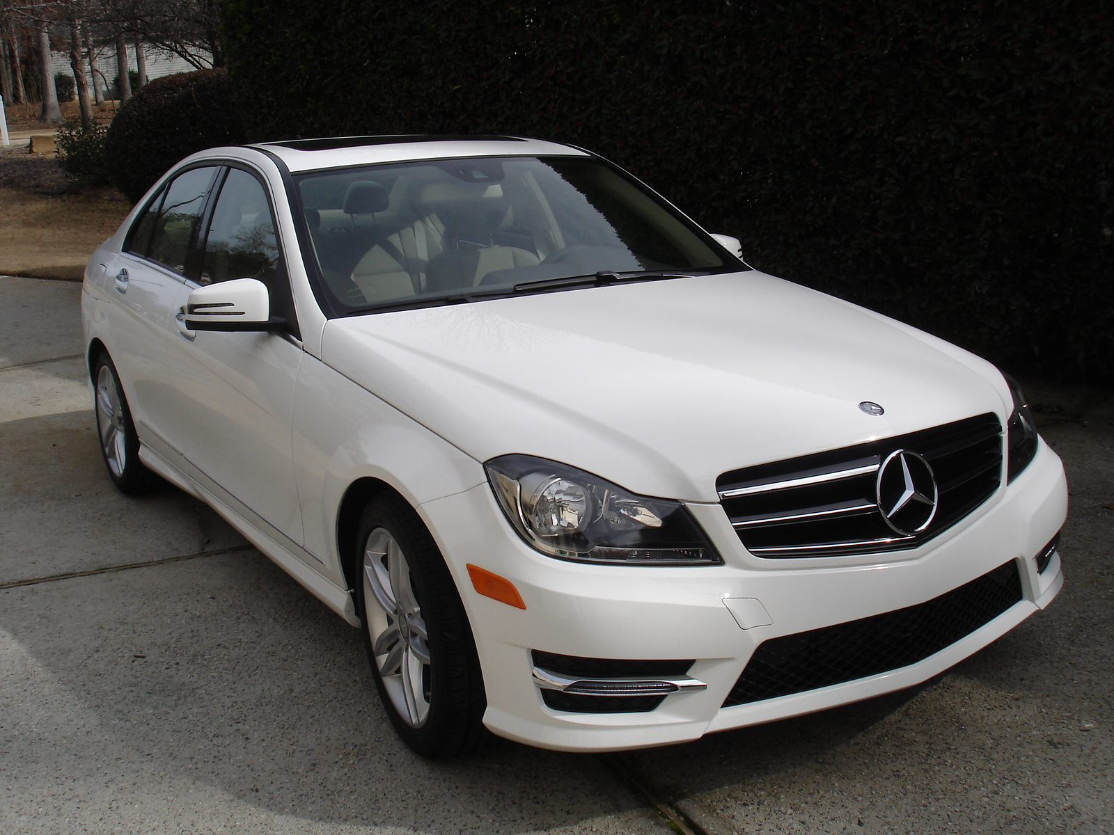 2014 mercedes benz c class pictures cargurus for Mercedes benz c250 cargurus