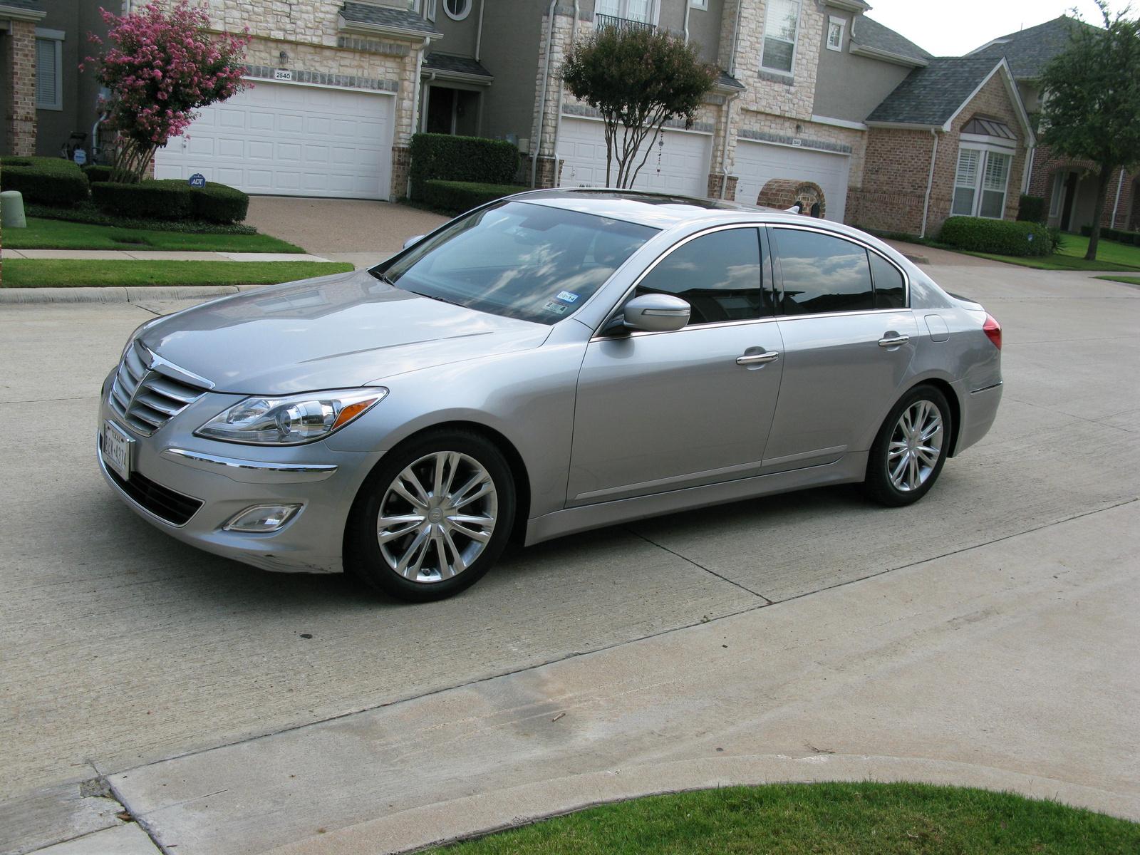 2012 Hyundai Genesis Pictures Cargurus