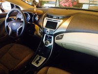 Picture of 2011 Hyundai Elantra Limited, interior