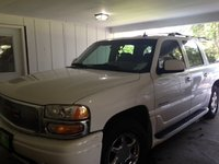 Picture of 2006 GMC Yukon XL Denali 4WD, exterior