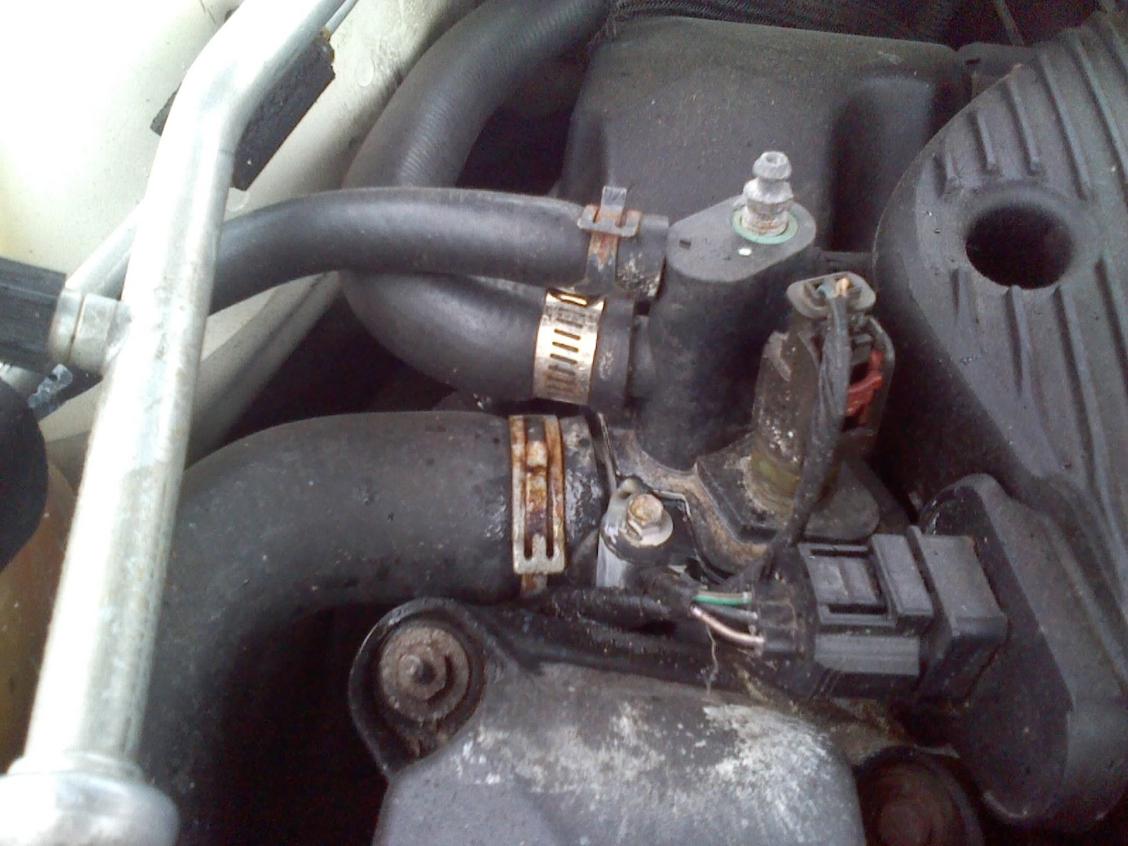 2004 chysler sebring coolant temp sensor location