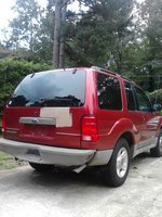 2002 Ford Explorer Sport Picture Gallery