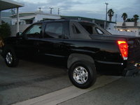 Picture of 2006 Chevrolet Avalanche LS 1500 4dr Crew Cab SB, exterior