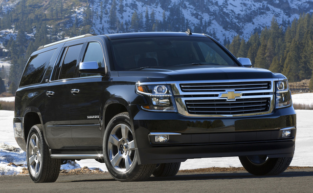 2015 Chevrolet Suburban, Front-quarter view. Copyright General Motors, exterior, manufacturer