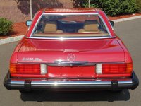 1989 Mercedes-Benz 560-Class Overview