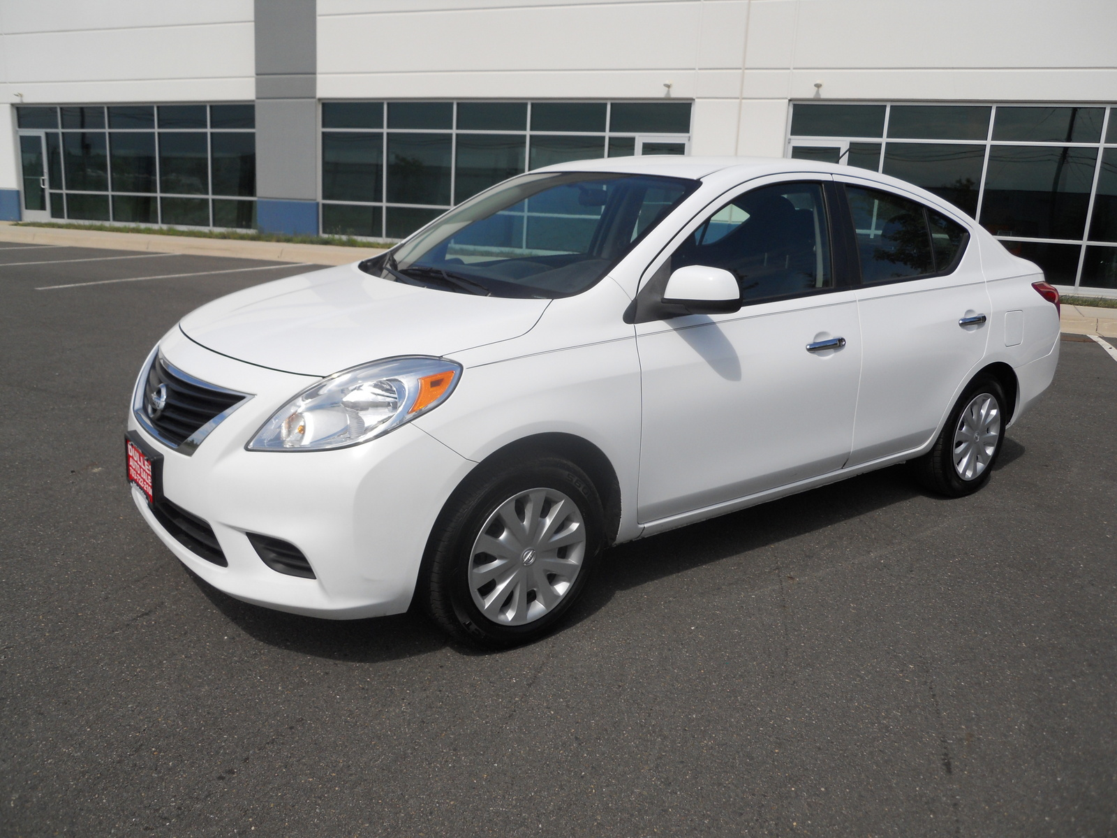 2014 nissan versa note sv specs price nissan canada autos post. Black Bedroom Furniture Sets. Home Design Ideas