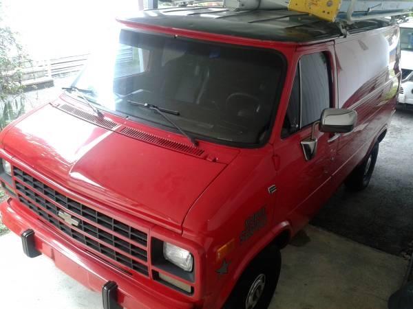 Picture of 1992 Chevrolet Chevy Van 3 Dr G10 Cargo Van
