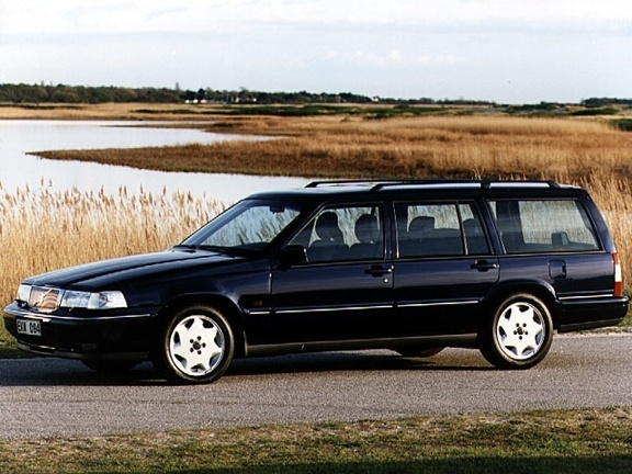 Picture of 1994 Volvo 960 Level II Wagon