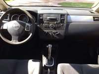 Picture of 2009 Nissan Versa, interior