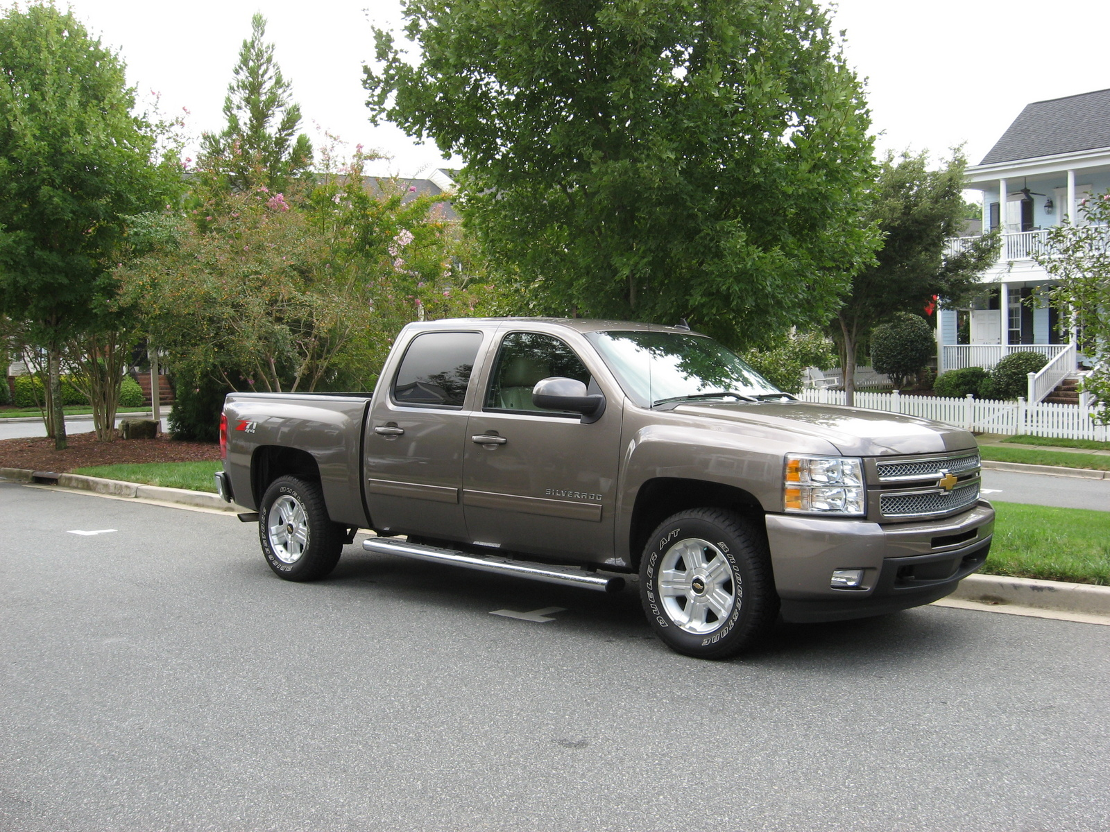picture of 2013 chevrolet silverado 1500 ltz crew cab 4wd exterior. Cars Review. Best American Auto & Cars Review