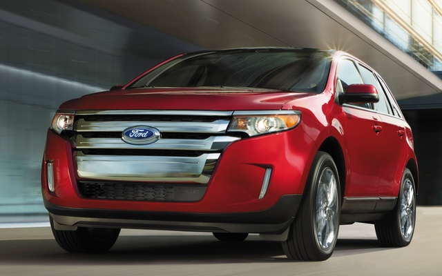 Ford Edge Front Quarter View Exterior Manufacturer Gallery_worthy