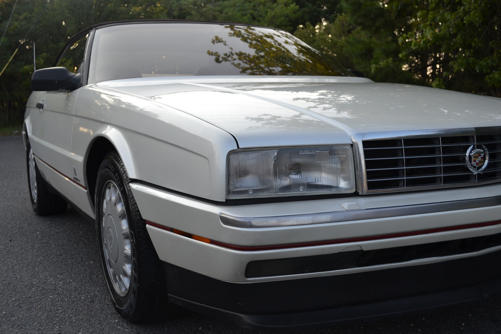 Picture of 1993 Cadillac Allante Base Convertible