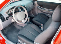 Picture of 2004 Hyundai Accent GL, interior