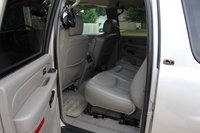 Picture of 2005 Chevrolet Suburban LT 1500