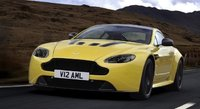 2015 Aston Martin V12 Vantage, Front-quarter view, exterior, manufacturer, gallery_worthy