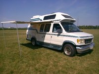 1993 Ford E-350 Overview