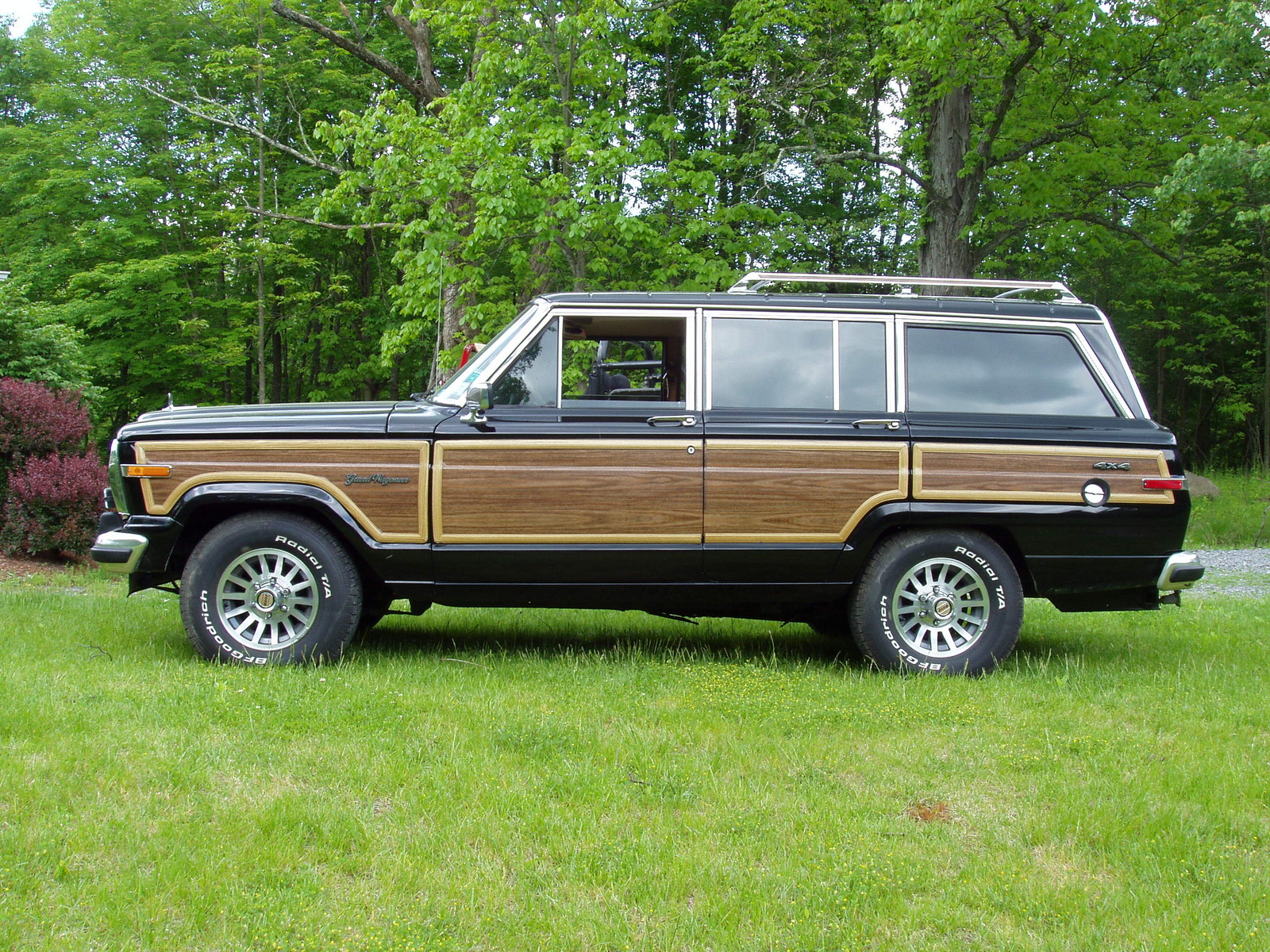 1988 jeep grand wagoneer pictures cargurus. Black Bedroom Furniture Sets. Home Design Ideas