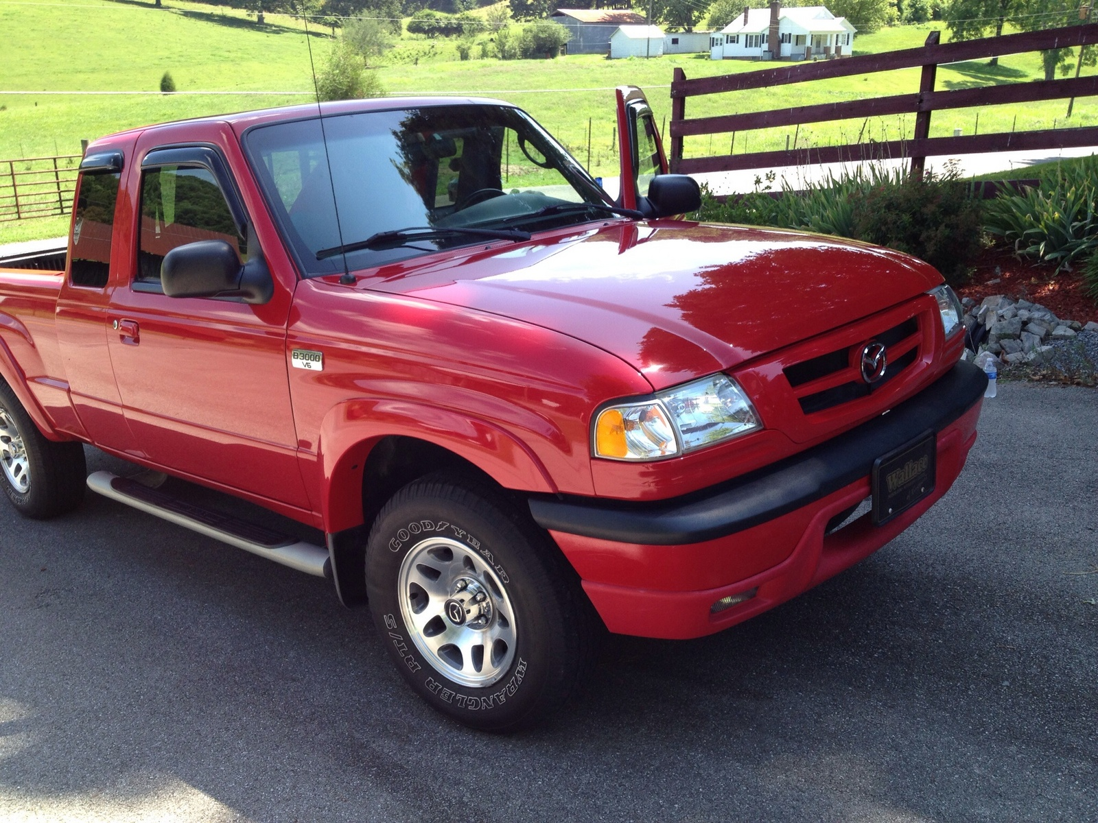 2005 Mazda B-Series Truck 4 Dr B3000 Dual Sport Extended Cab SB picture, exterior