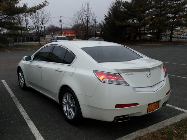 2010 acura tl - pictures