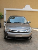 2011 Ford Focus SEL picture