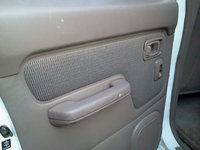 Picture of 2002 Nissan Frontier 4 Dr XE 4WD Crew Cab SB, interior