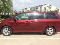 Picture of 2014 Toyota Sienna LE 8-Passenger