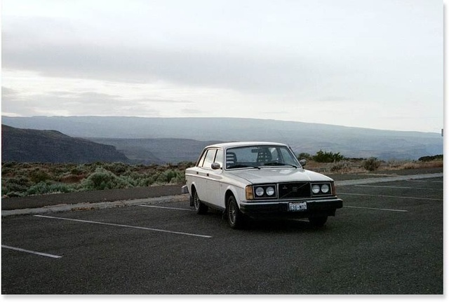 Picture of 1978 Volvo 240