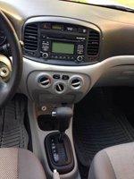 Picture of 2010 Hyundai Accent GLS, interior