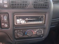 Picture of 2000 GMC Jimmy 4 Dr SLE 4WD SUV, interior