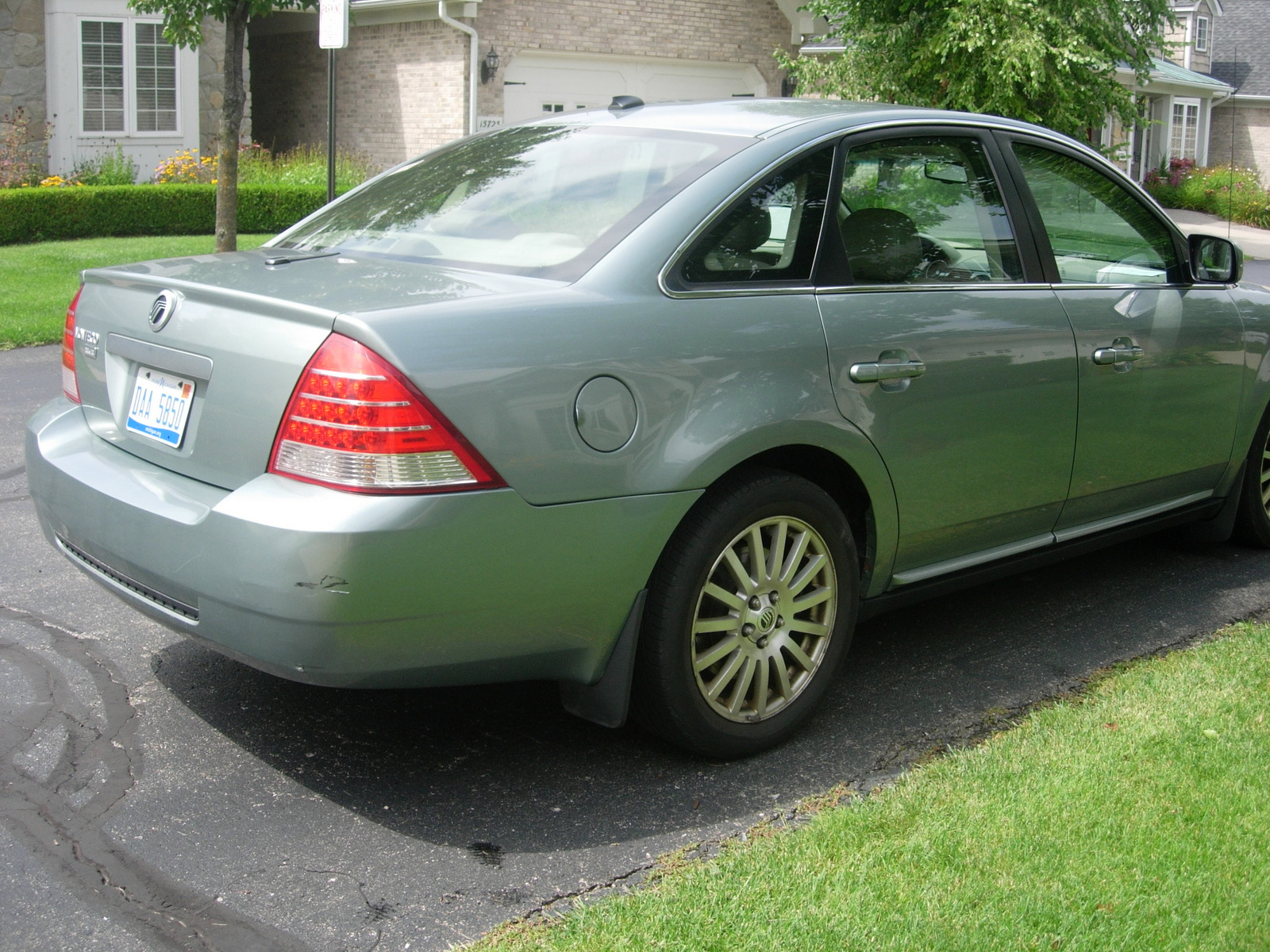 Picture of 2007 Mercury Montego Premier