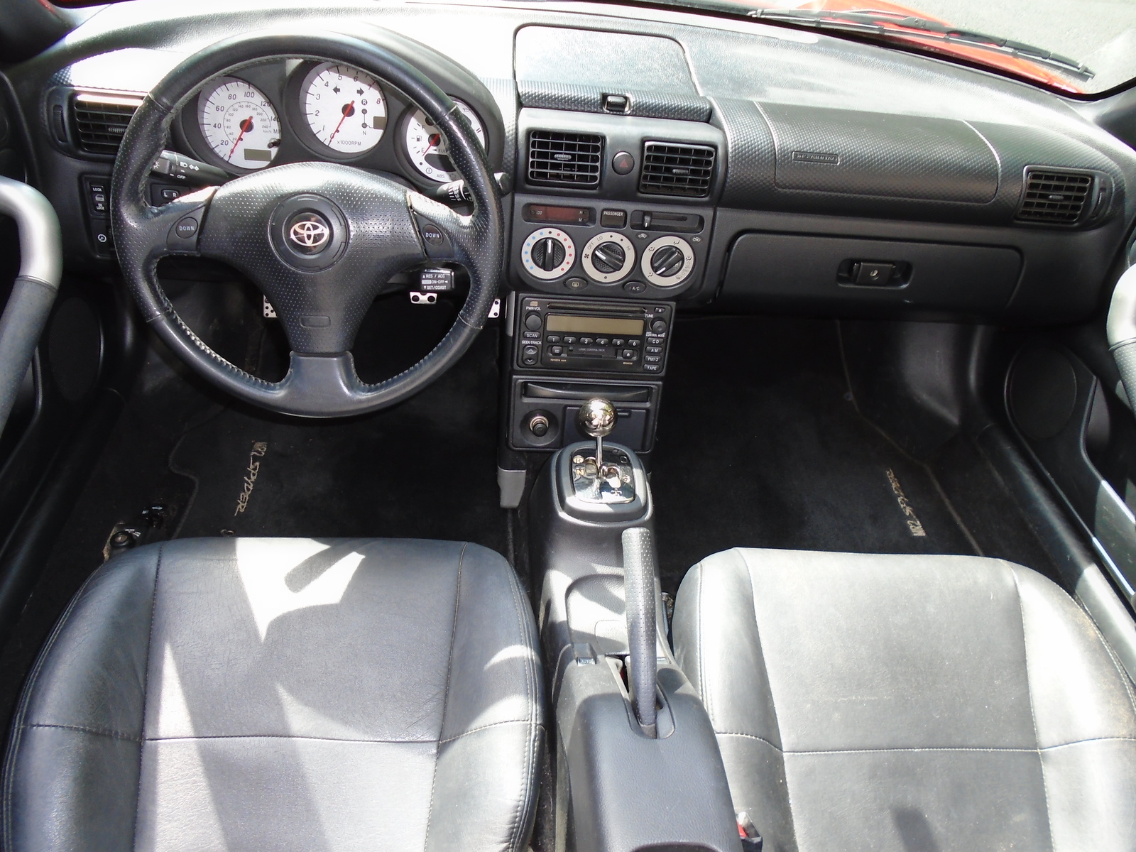 2002 toyota mr2 spyder interior pictures cargurus for Mr trim convertible tops and interiors