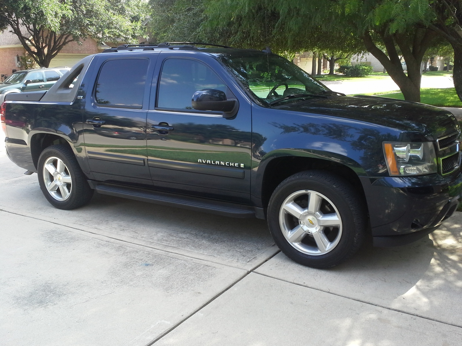 2007 chevrolet avalanche for sale autos weblog. Black Bedroom Furniture Sets. Home Design Ideas