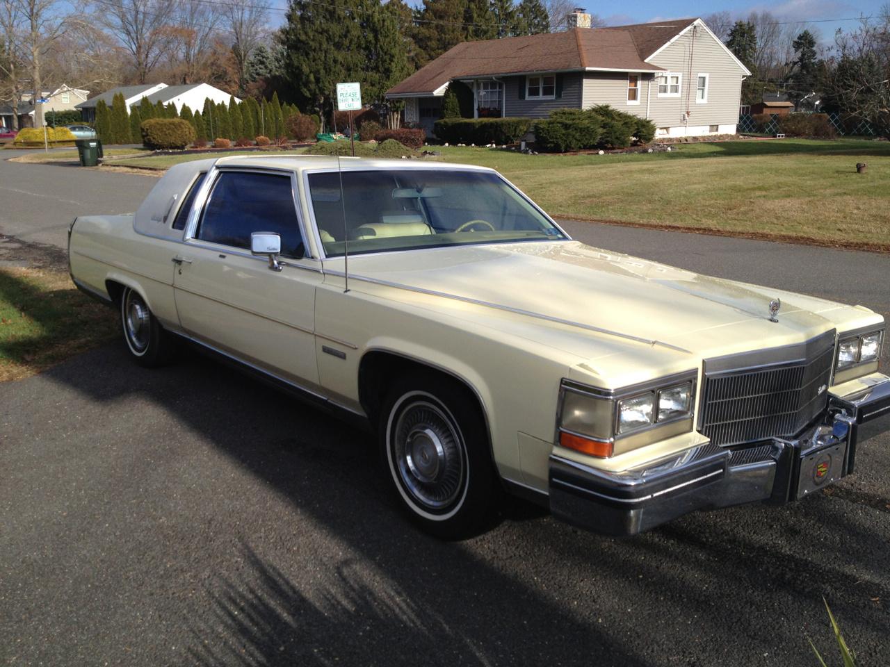1984 Cadillac Fleetwood Overview Cargurus