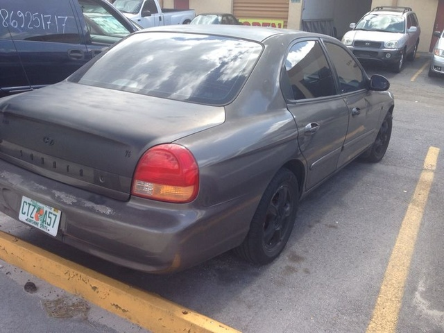 Picture of 2000 Hyundai Sonata