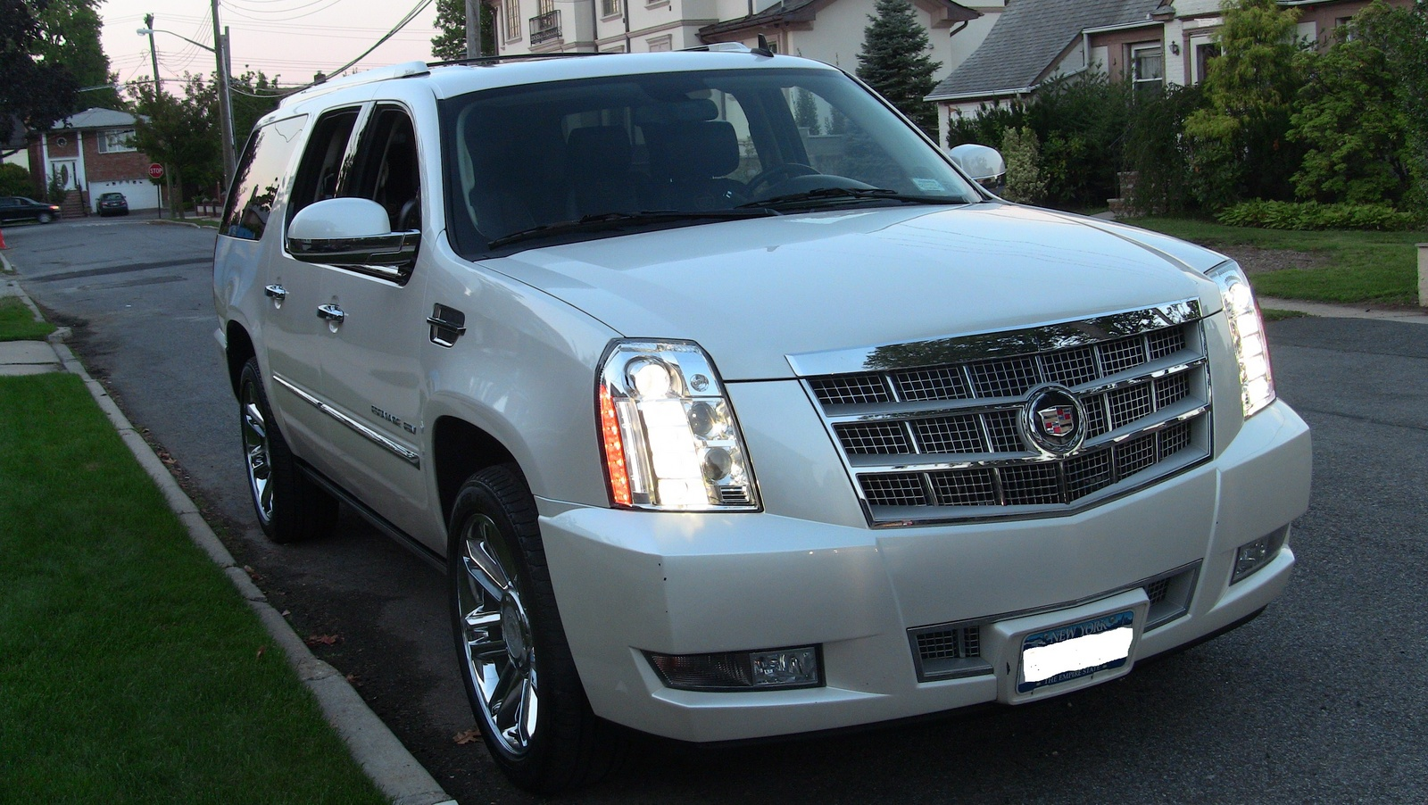 2012 cadillac escalade esv pictures cargurus. Black Bedroom Furniture Sets. Home Design Ideas