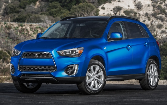 2015 Mitsubishi Outlander Sport, Front-quarter view, exterior, manufacturer, gallery_worthy