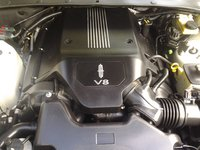 2004 Lincoln LS V8 Sport picture, engine