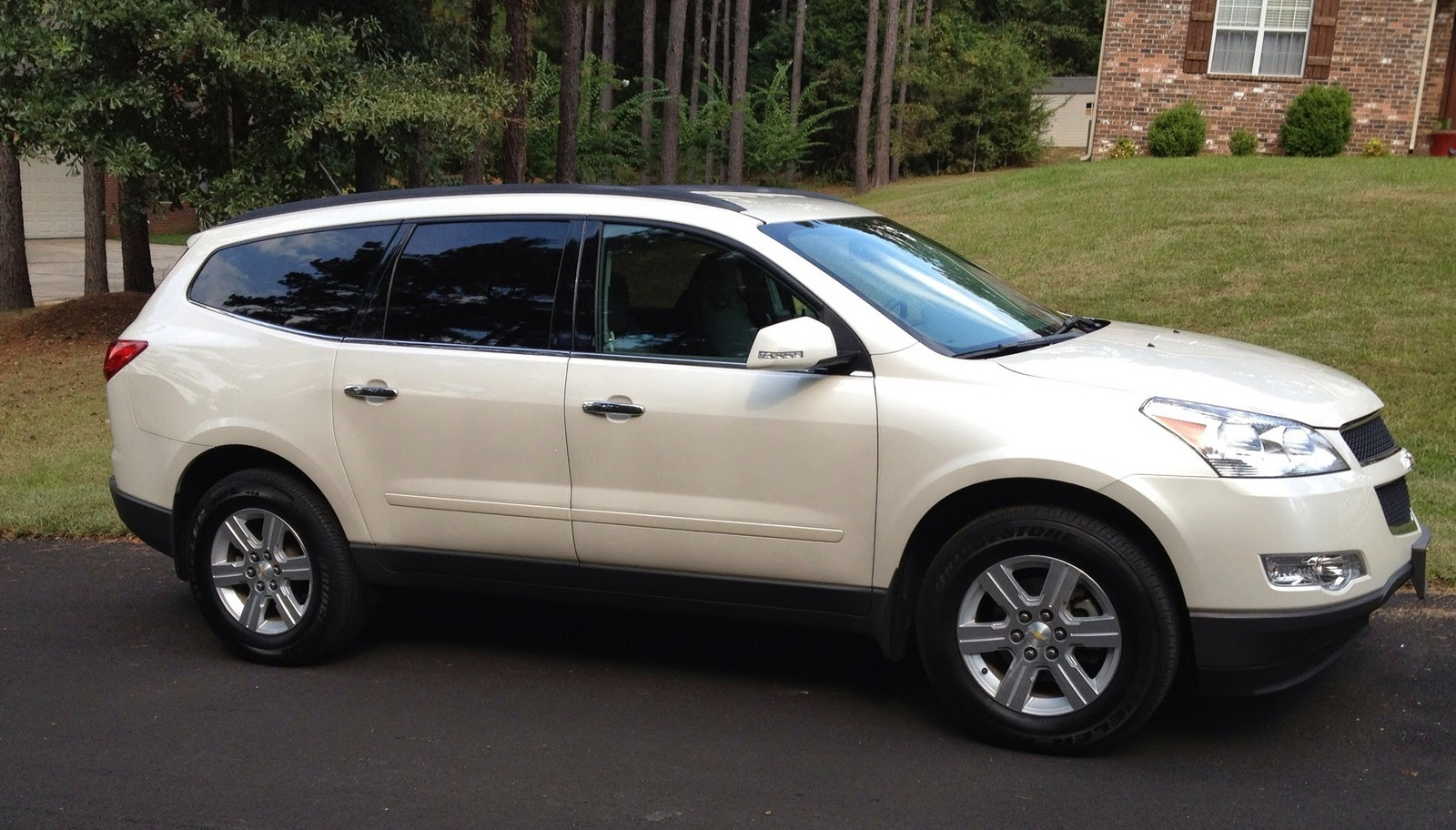 picture of 2011 chevrolet traverse lt1 exterior. Cars Review. Best American Auto & Cars Review